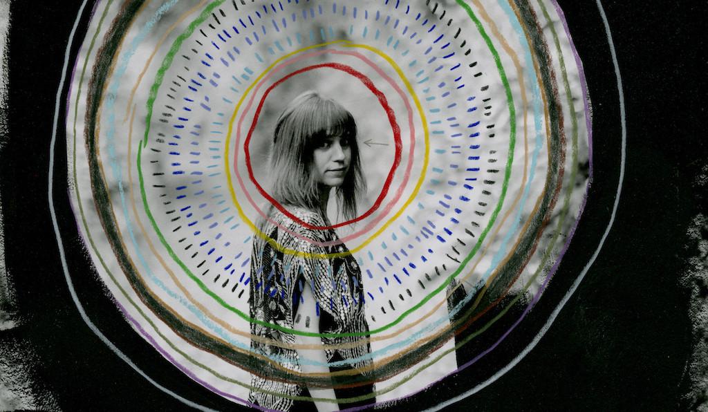 Gris Circle Darker WEB